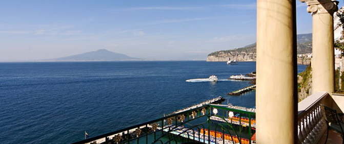 Travel & Tourist Information on Sorrento, Italy