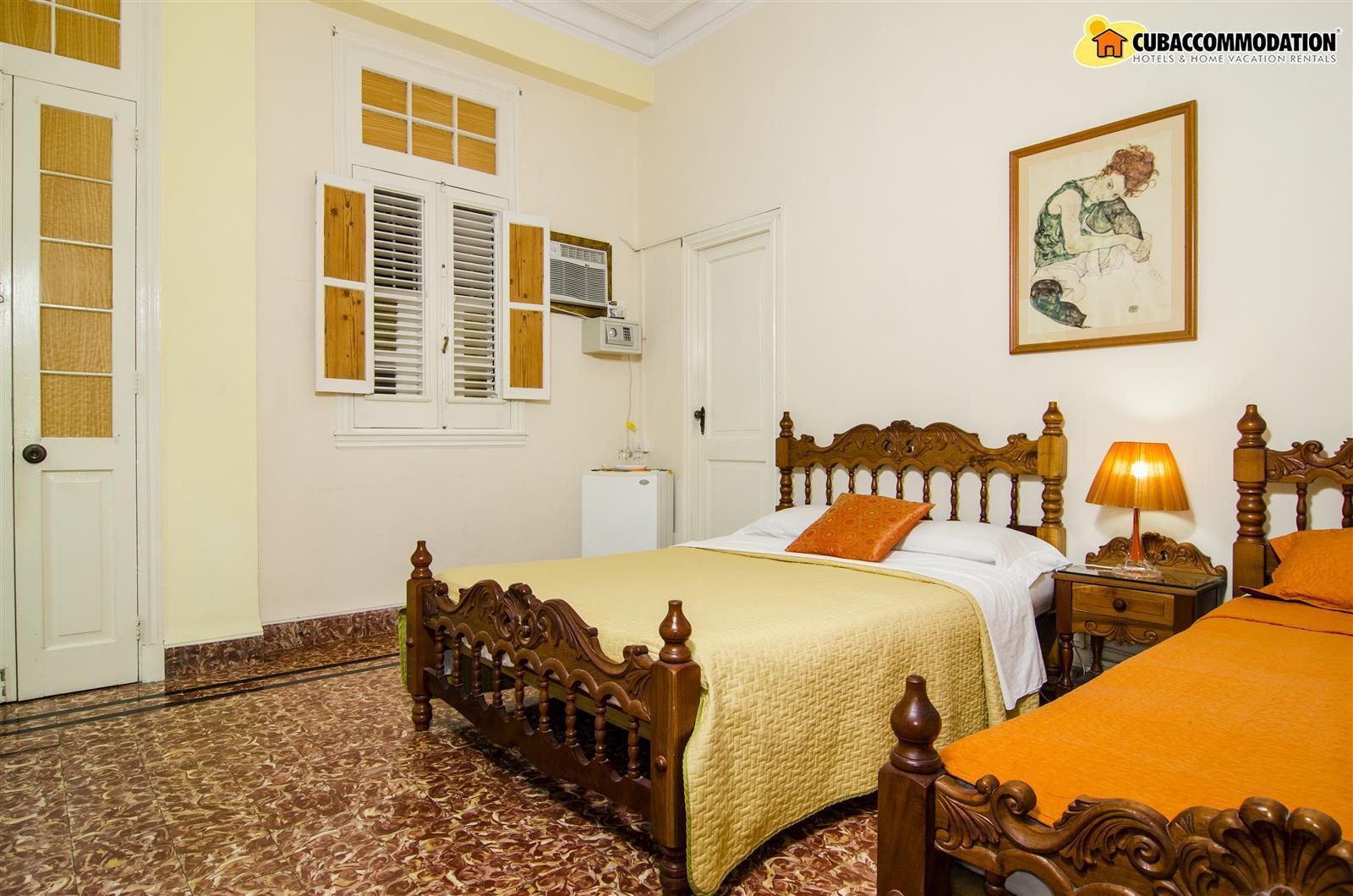 Guesthouses, Casa Mandy - Centro Habana, Home vacation ...