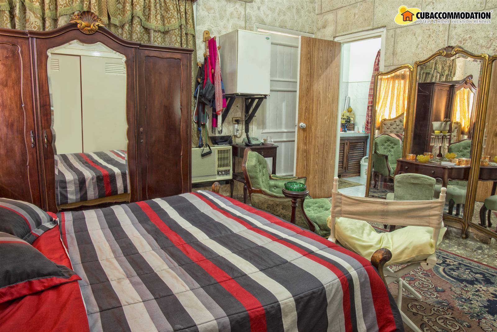Guesthouses, Casa Rene - Centro Havana Rentals, Havana ...