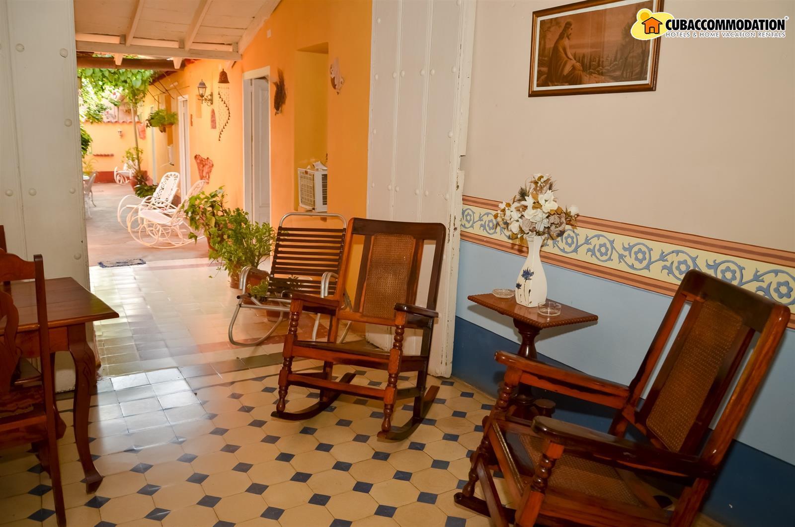 Guesthouses Hostal Beatriz Y Angel Trinidad De Cuba Trinidad  # Meuble De Tv En Biatrez