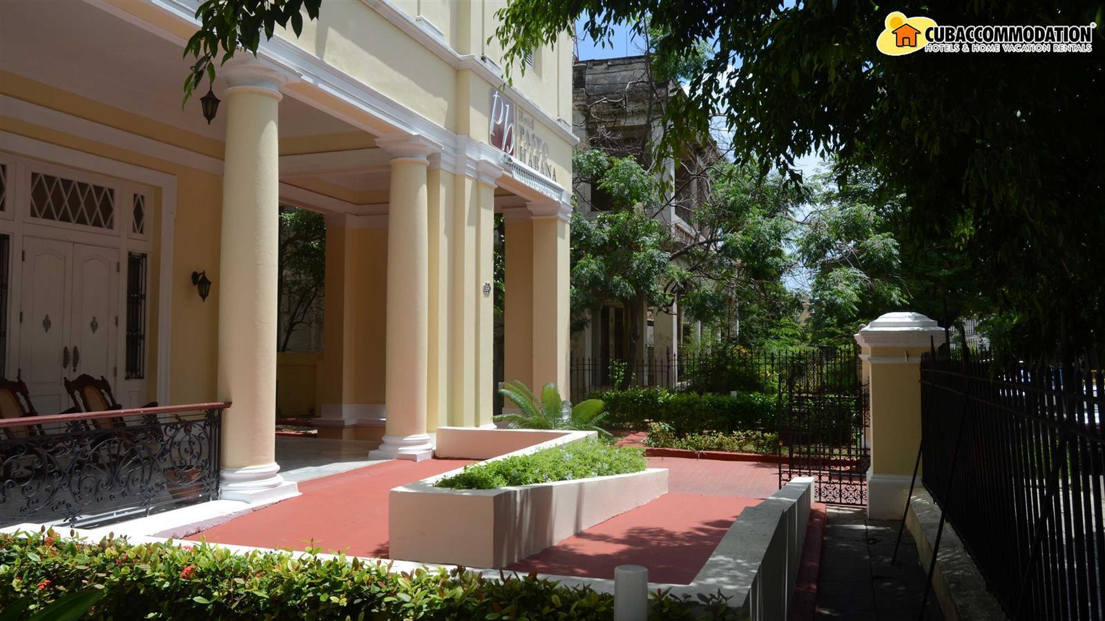 Hotels, Hotel Paseo Habana, Home vacation apartment at ...